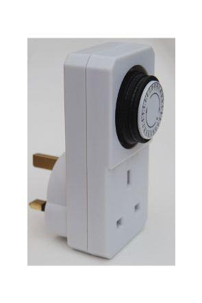 Plug in 240v  24 hour Timer
